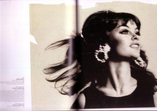 Unseen Vogue0002